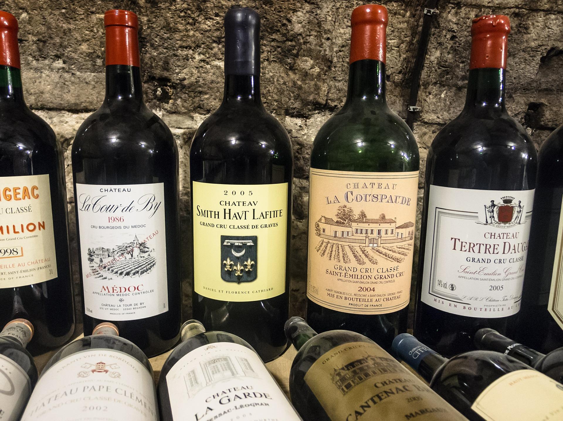 Acheter du vin en ligne, est-ce moins cher ?